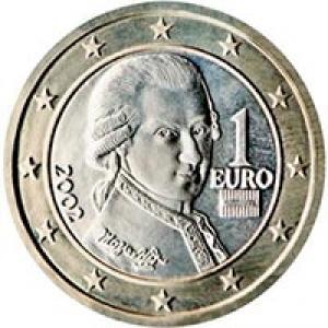 56. Monedele şi bancnotele Euro au o faţǎ europeanǎ, identicǎ pentru toate ţǎrile din spaţiul euro, şi o faţǎ naţionalǎ, specific ţǎrii care a emis moneda sau bancnota respectivǎ: