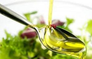 8.Uleiurile vegetale se obţin prin prelucrarea plantelor ...............